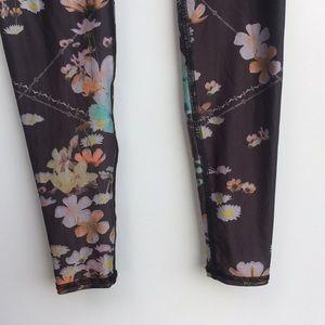 teeki Pants - Teeki Wildflower Fox Floral Yoga Leggings Gray S